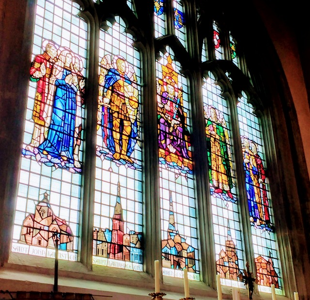 This stained glass window features four of Southamptons most famous churches - two of which feature in this blog post. This is from St Michaels church which is the oldest Medieval building in the city.